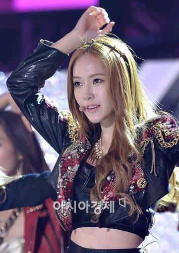 Jessica close up in Dream concierto 2013