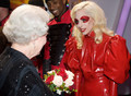 Lady Gaga Meets क्वीन Elizabeth