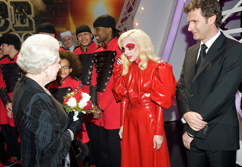 Lady Gaga Meets Queen Elizabeth