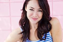 Lindsey McKeon wallpaper with attractiveness and a portrait entitled Lindsey McKeon