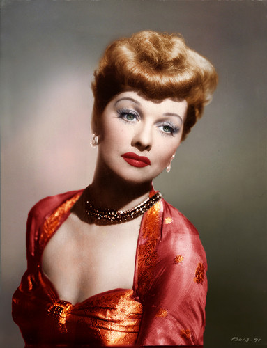 Lucille Ball 壁紙 possibly containing a portrait called Lucille Ball