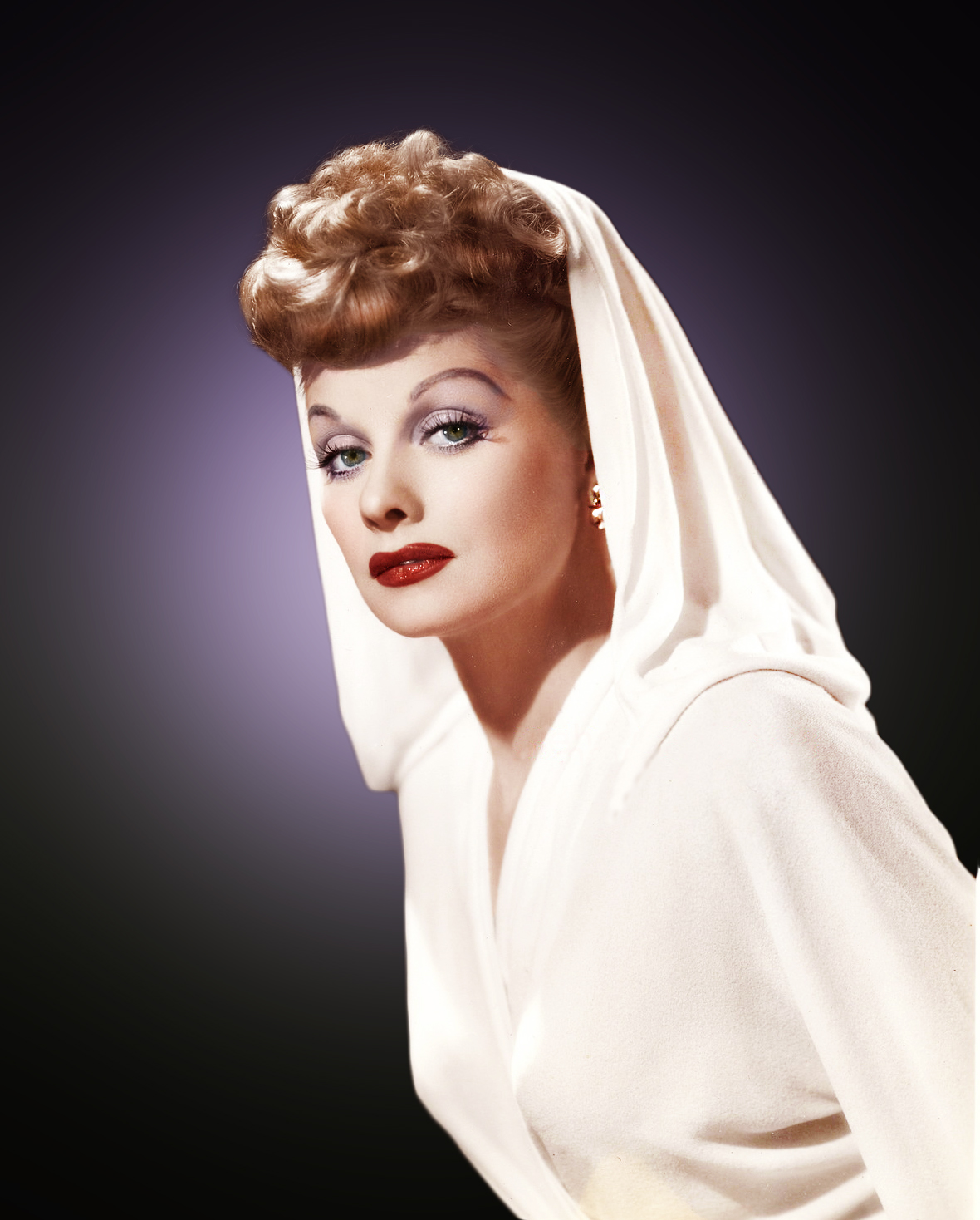 lucile ball a role model Great role: cate blachett is set to star in a new bipic about the legendary hollywood actress, lucille ball  lucille ball was a model in the late 1920s before beginning her performing career on.