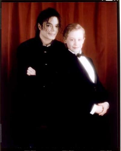Michael and Macaulay Culkin