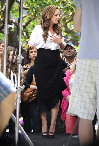 On set of EXTRA at the Grove in L.A. 2013