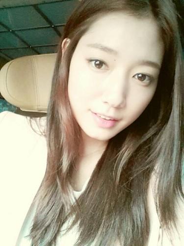 Park Shin Hye Selca 2013