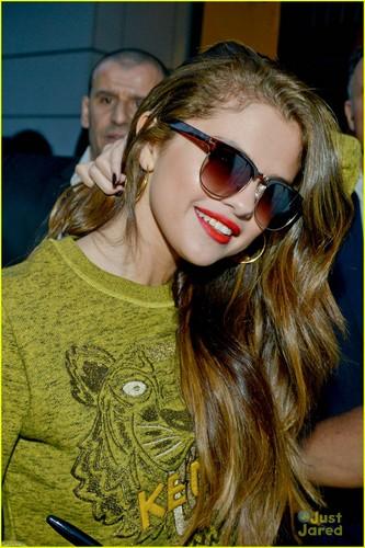 Selena in NRJ radio station on monday afternoon(May 27,2013) at Paris