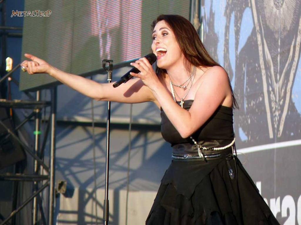 Sharon Sharon Den Adel Wallpaper 34552611 Fanpop