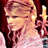 Music photo with a portrait called Taylor Swift-Love Story