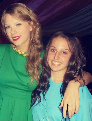 Taylor and fan