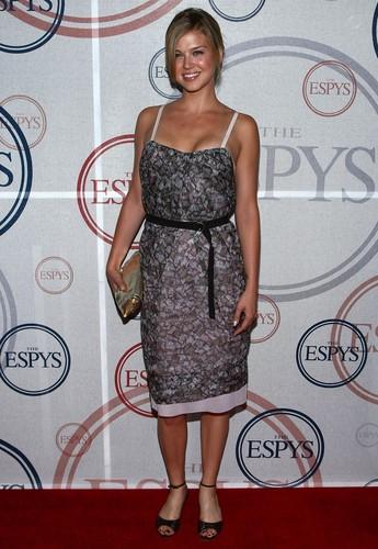 The ESPY Awards Giant Event [Hosted sejak Eli Manning](2008)