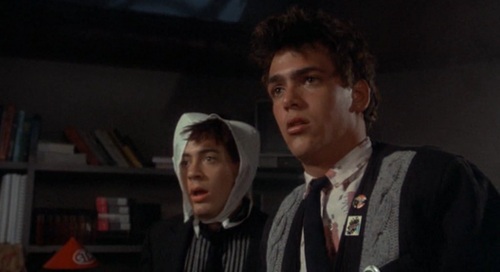 robert downey jr fondo de pantalla possibly containing a bookshop called Weird Science