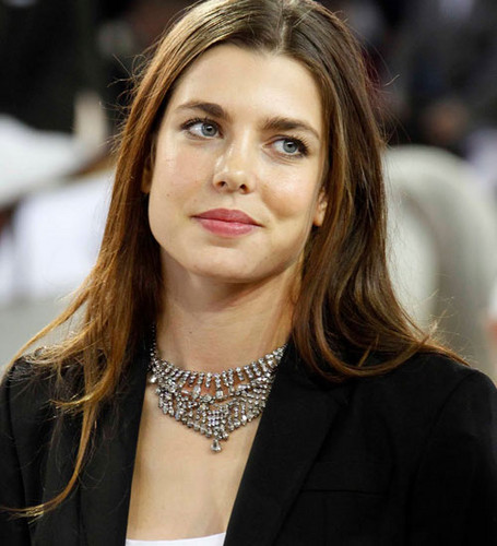 la Princesse charlotte Casiraghi fond d'écran probably containing a portrait entitled charlotte casiraghi