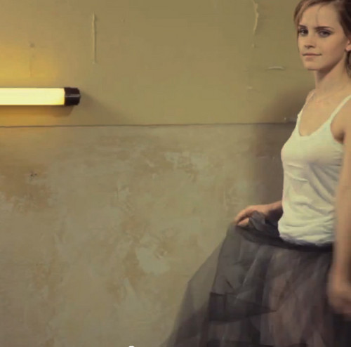 Emma Watson wolpeyper entitled enchanting emma