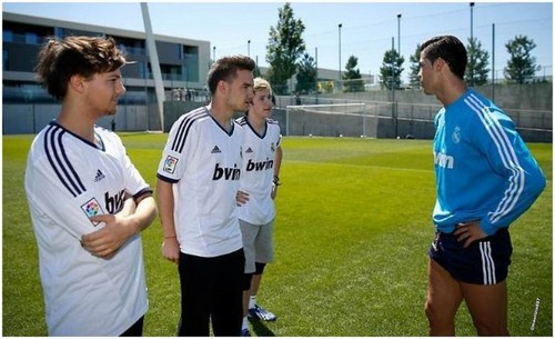 one direction & Ronaldo 2013