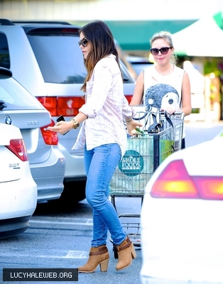 [HQ] June 3rd - Leaving the Whole comida Grocery Store in Sherman Oaks, California