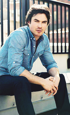 Ian Somerhalder wallpaper with a business suit, a well dressed person, and a sign entitled ೋ Ian Somerhalder ೋ
