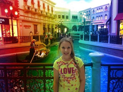 Anna in Vegas