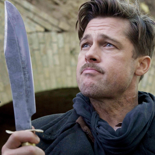 Brad Pitt karatasi la kupamba ukuta containing a cleaver called Brad In Inglourious basterds