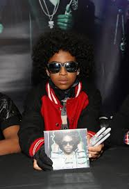 Princeton (Mindless Behavior) wallpaper with a sign and sunglasses called CUTIE PINCETON BABY