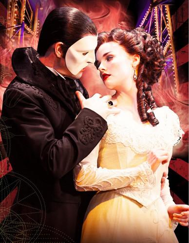 Erik(The Phantom) & Christine ♥