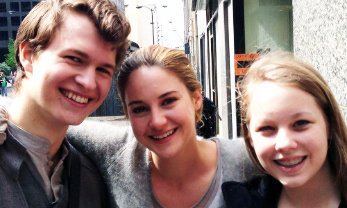 Divergent Set Photos! [May 2013]