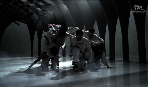 EXO ~ chó sói, sói MV