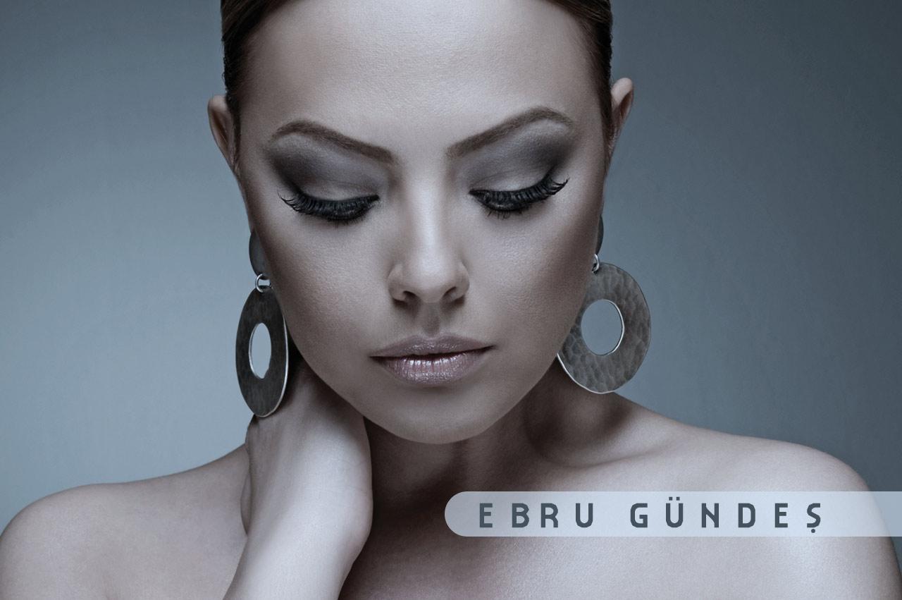 Ebru Gundes 2013