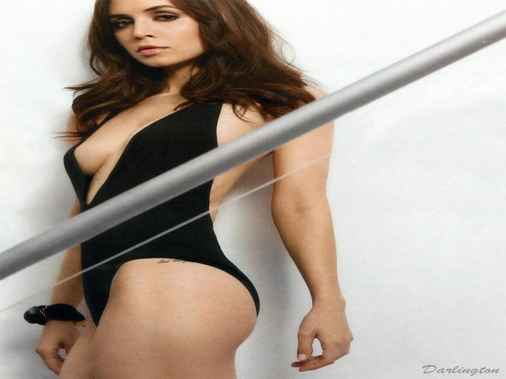 Eliza Dushku Hot Photos