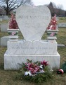 Grave of Jayne Mansfield  - jayne-mansfield photo