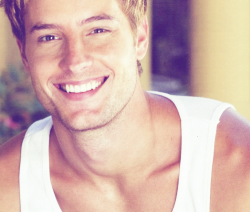 Justin Hartley Hintergrund possibly with a portrait titled Justin♥