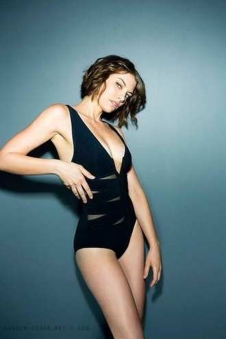 Lauren Cohan پیپر وال with a maillot titled Lauren Cohan