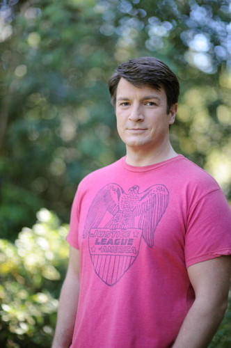 Nathan Fillion 바탕화면 containing a jersey titled Nathan Fillion