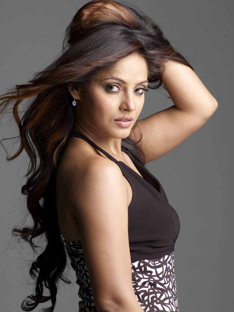 neetu chandra facebook