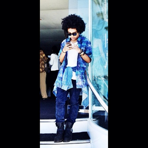 Princeton look so sexy with his outfit!!!!! :D B) <3 XO =O ;* ; { D