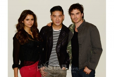 Damon&Elena and Ian&Nina wallpaper containing a well dressed person entitled RANDOM