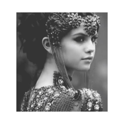 Selena প্রতীকী <33