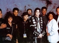 The Jackson Family Backstage Back In 1989 - michael-jackson photo