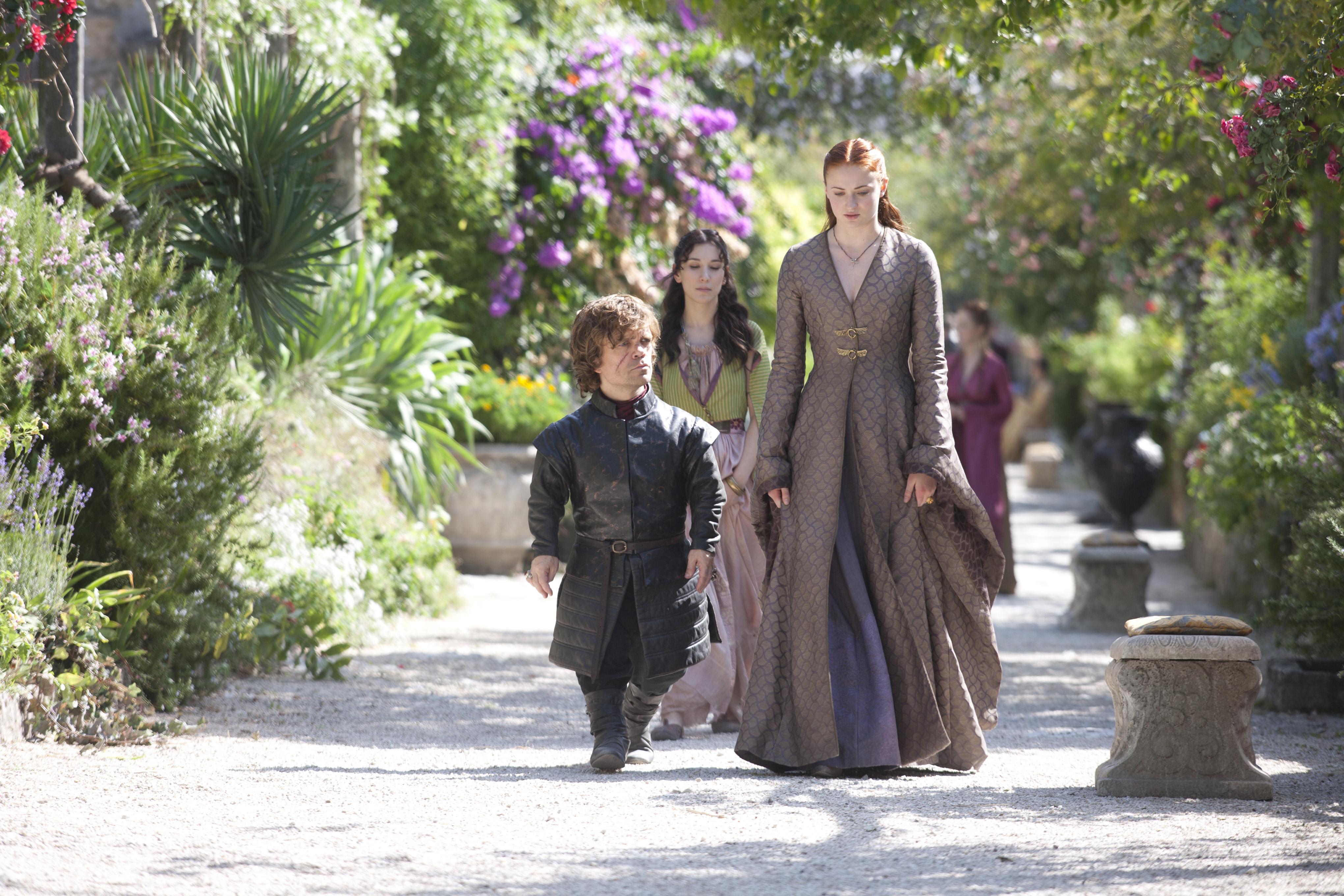 Tyrion Lannister & Sansa Stark - Tyrion Lannister Photo ...