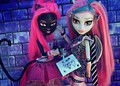 costom catty and rochelle - monster-high photo