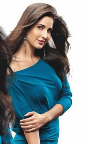 Katrina Kaif fond d'écran containing a portrait called photoshoot