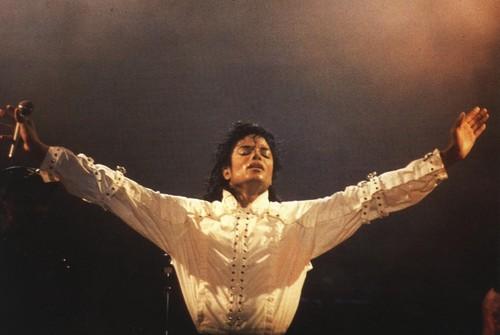 마이클 잭슨 바탕화면 titled Майкл