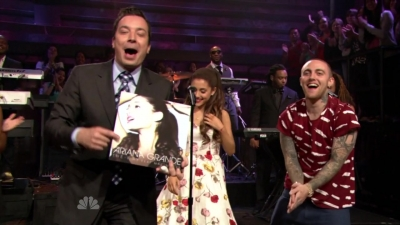 14.June - Ariana and Mac Miller perform The Way on the Late Night with Jimmy Fallon Show