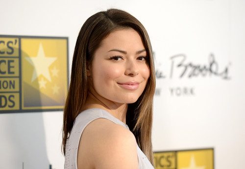 Miranda Cosgrove wallpaper containing a portrait called 3rd Annual Critics' Choice Television Awards 2013