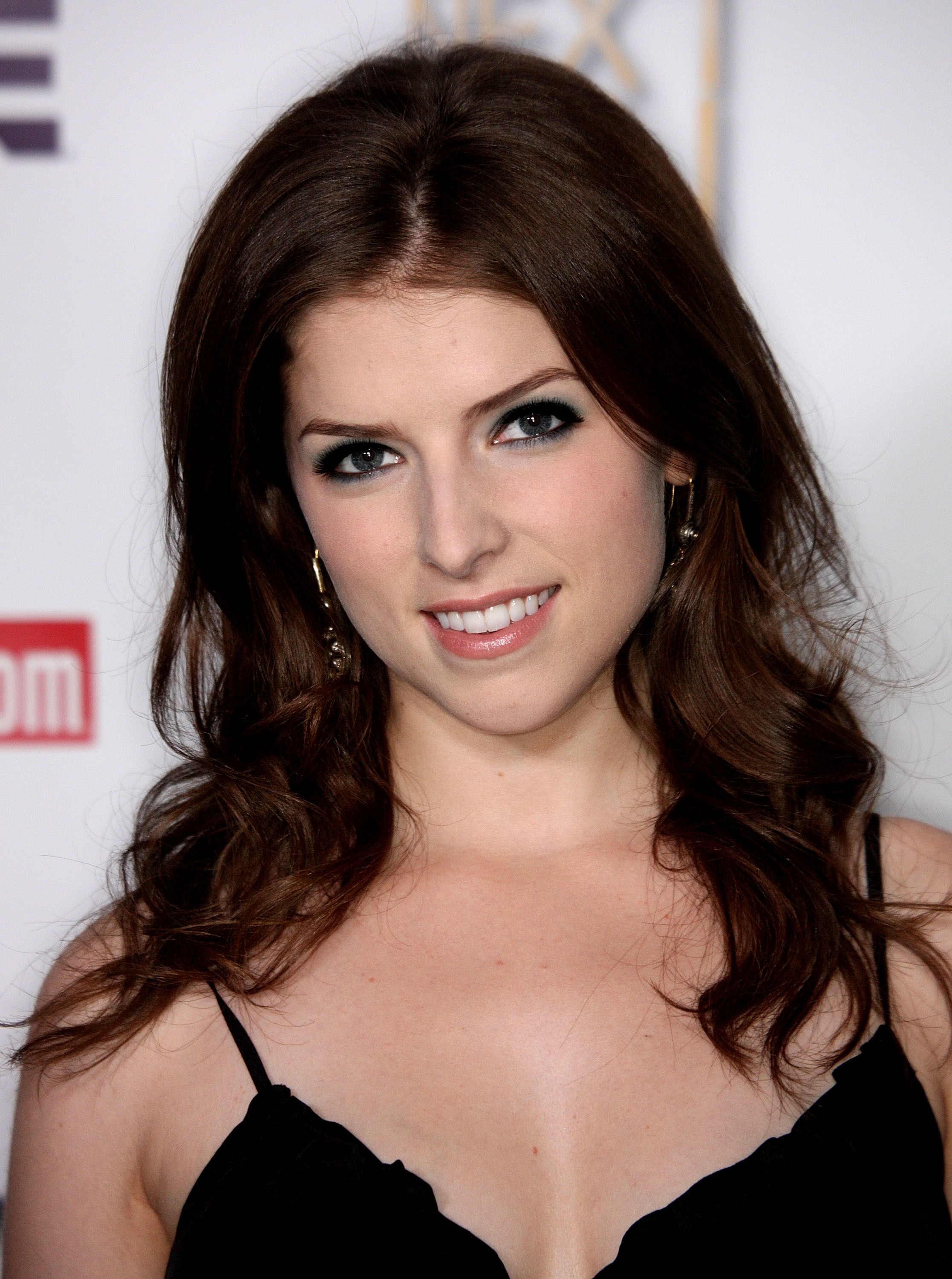 cleavage Images Anna Kendrick naked photo 2017