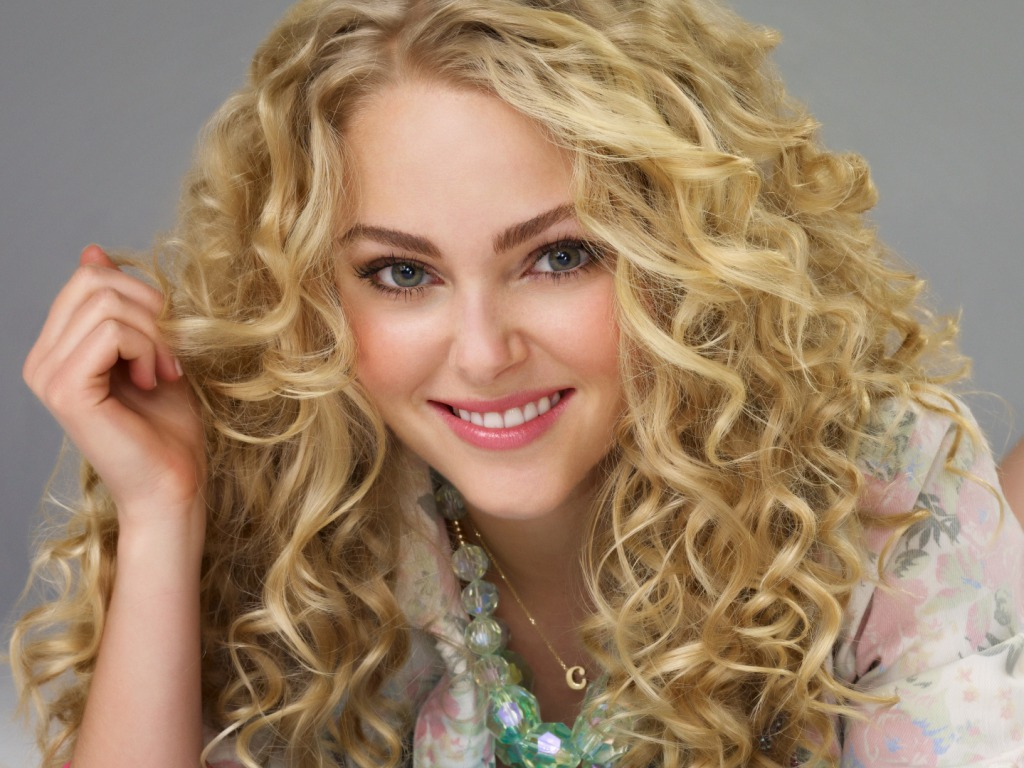 Pretty Girl With Long Curly Hair also Short Curly Hairstyles For Black ...