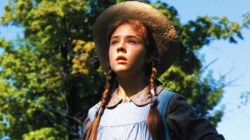 Anne of Green Gables 바탕화면 possibly with a tabard, a surcoat, and a dashiki titled Anne of Green Gables