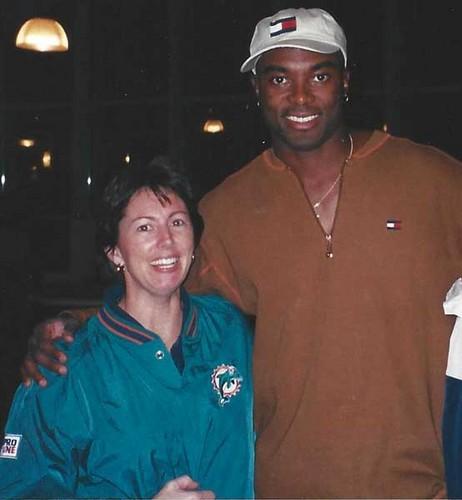 Christine Speedy & Miami golfinho