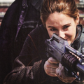 Exclusive Divergent Movie Stills from Entertainment Weekly Magazine - divergent photo