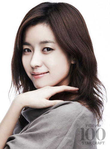 Han Hyo Joo wallpaper with a portrait titled Han Hyo Joo