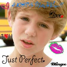 I Amore Matty B and Im onl 13 lol :)